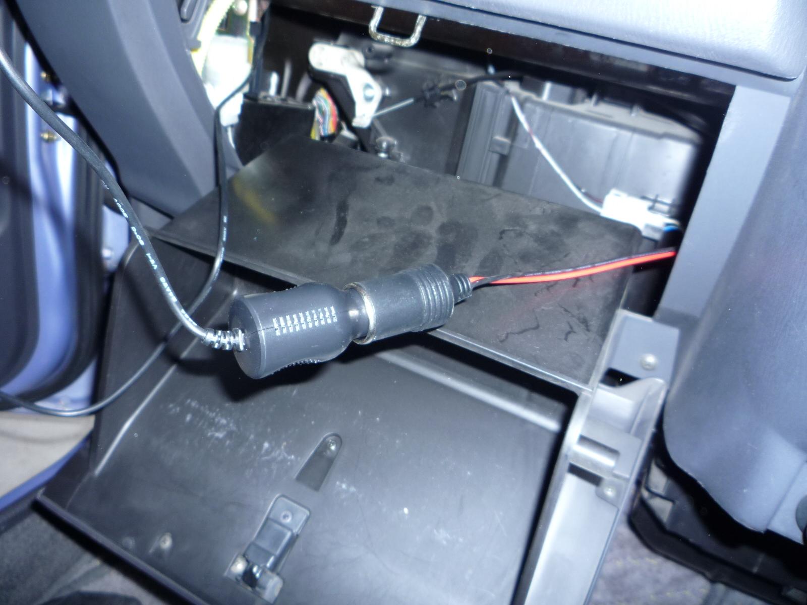 スバルプレオRA2にドライブレコーダーを付けました